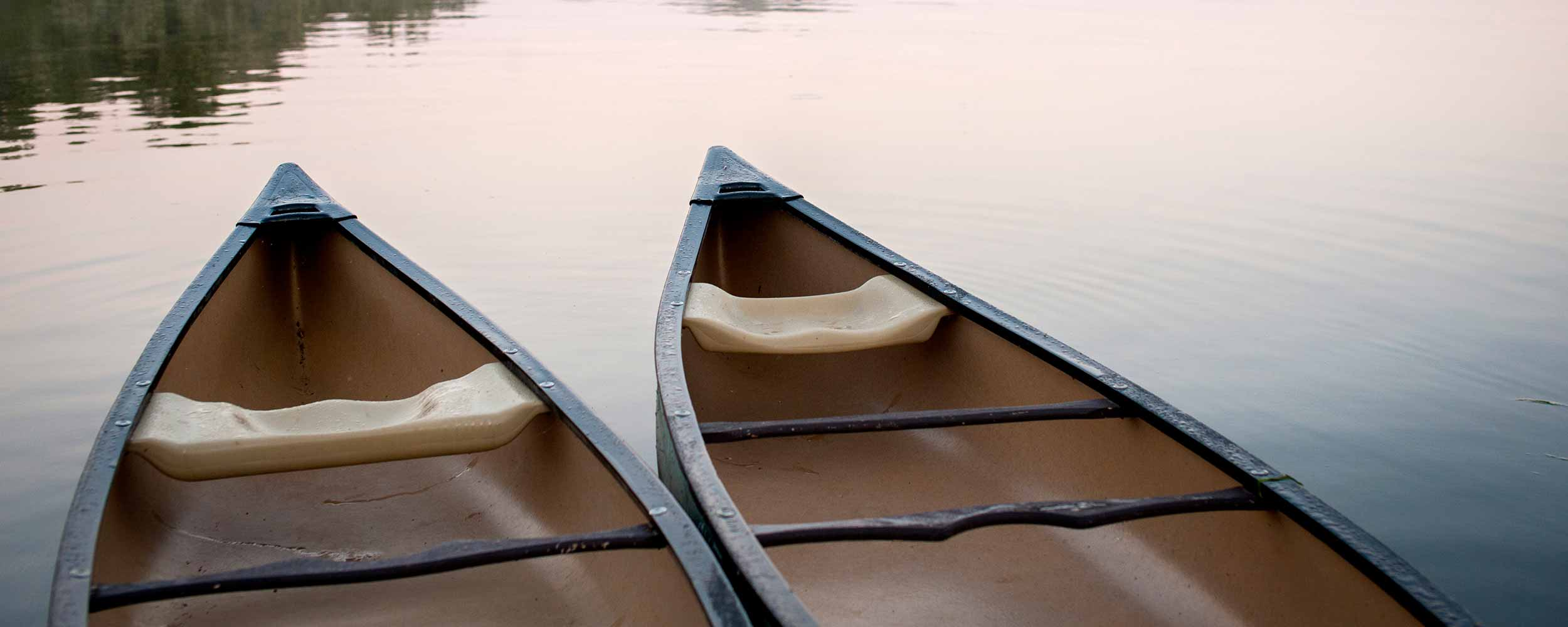Alisal Canoes on the lake - Alisal Resort in Solvang California