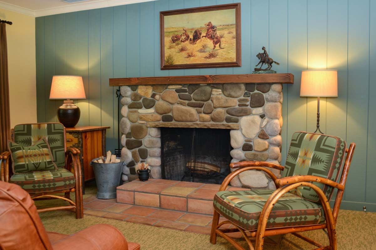 Cottage Suite fireplace and cozy sitting area